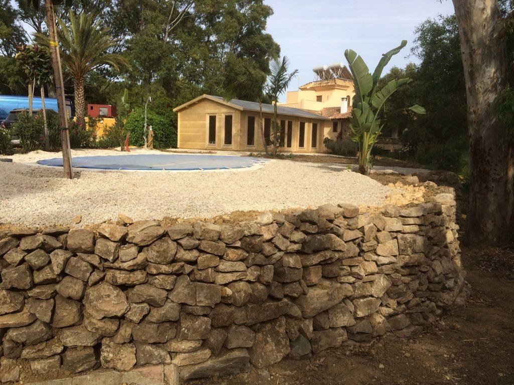 Casa de madera d como caseta de piscina casetas de jardin 24 for Casas madera para jardin
